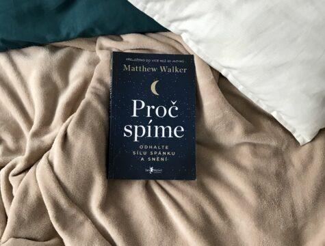 proč spíme kniha